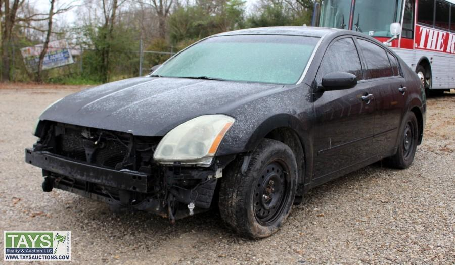 ABSOLUTE ONLINE AUCTION: 2004 NISSAN MAXIMA