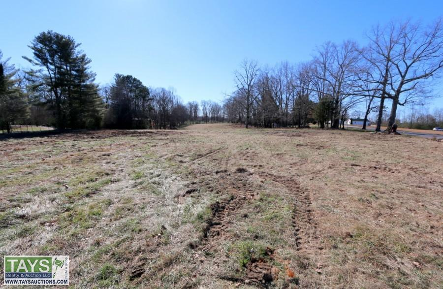 ABSOLUTE ONLINE AUCTION: 8.95 AC± ON BUNKERHILL RD