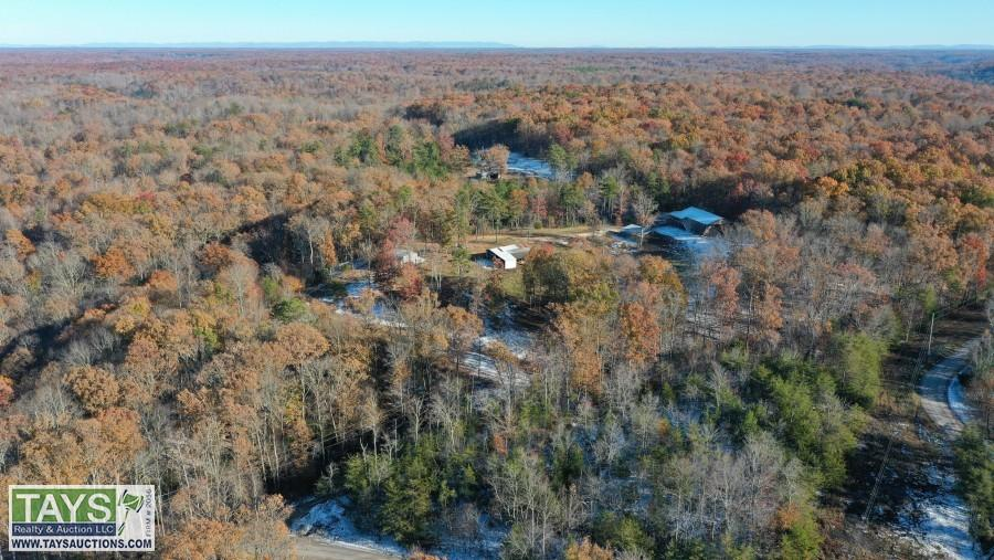 ABSOLUTE ONLINE AUCTION: 46 AC± with BUILDINGS