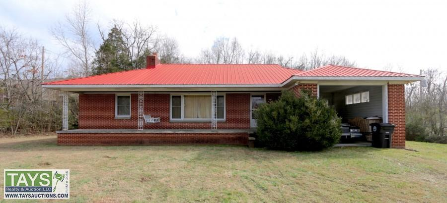 ONLINE PROBATE COURT AUCTION: 3 BR / 1.5 BA HOME ON 1.3 AC±