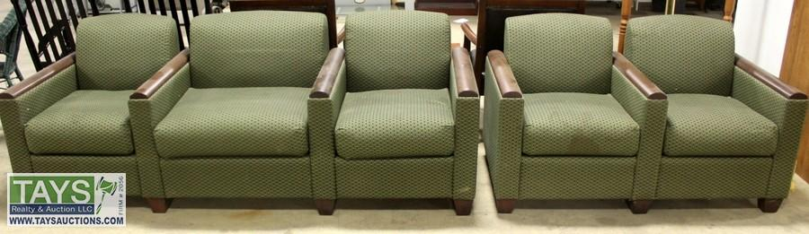 ABSOLUTE ONLINE AUCTION: FURNITURE - COLLECTIBLES - APPLIANCES - SPORTING GOODS