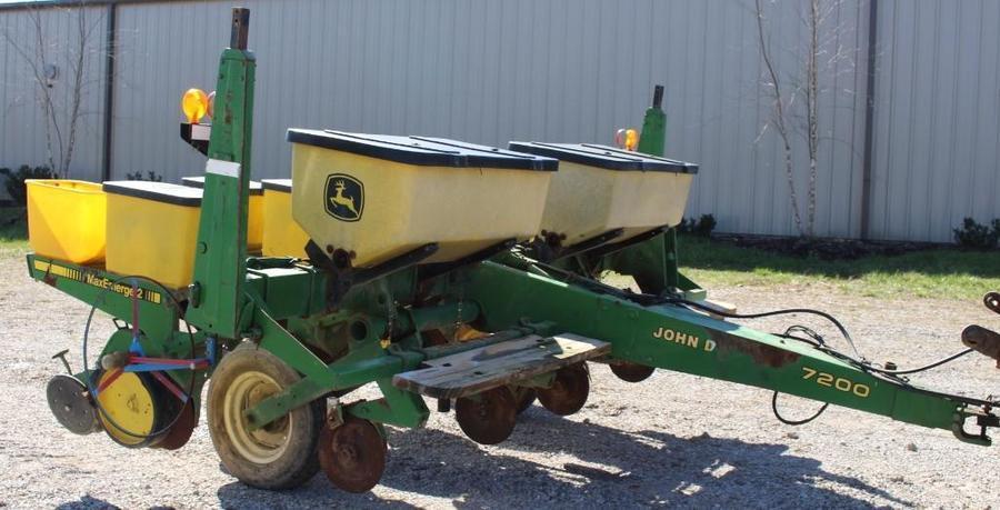 Tays Realty Auction Auction 2017 Tays April Farm Equipment